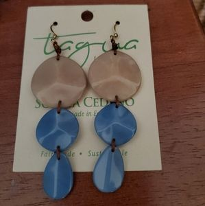 TAGUA NUT HANDMADE NWT  Earrings by Soraya Cedino